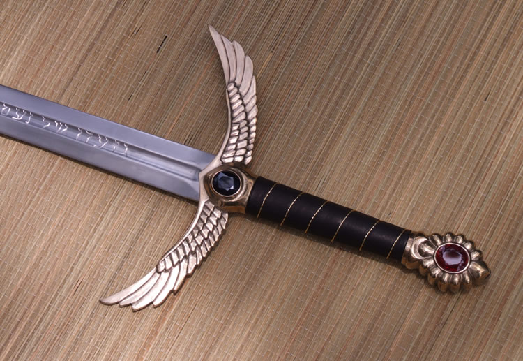 custom madeone of a kind high carbon steel winged sword